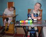 В украинском интернате инвалидов вынуждены привязывать к кровати, а одна няня кормит 14 детей АННА ГЕРАЩЕНКО БОЛЬНЫХ ИНВАЛИДОВ ИНТЕРНАТЕ