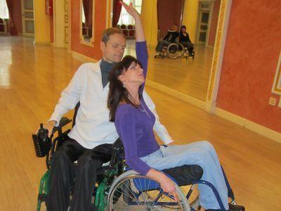 Наталья и Виталий мечтают поехать весной в Киев на чемпионат Украины по танцам на колясках