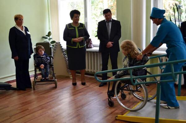 Про створення умов для освоєння навичок користування кріслами колісними осіб з обмеженими фізичними можливостями. обмеженими фізичними можливостями