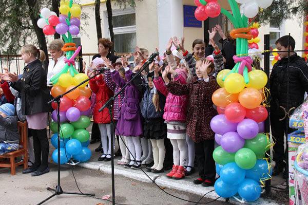 В Новому Бузі відкрили Центр соціальної реабілітації дітей-інвалідів – вже шостий в Миколаївській області. дітей-інвалідів, реабілітації