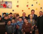 Президент вимагає від місцевої влади приділяти увагу кожній дитині з особливими потребами – Юрій Павленко ДІТЕЙ-ІНВАЛІДІВ ОСОБЛИВИМИ ПОТРЕБАМИ РЕАБІЛІТАЦІЇ