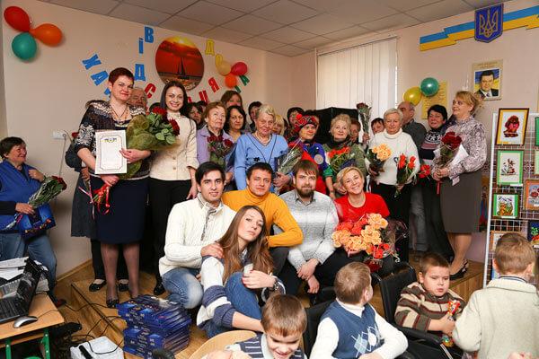 В Днепропетровской Специальной СОШ для детей с последствиями полиомиелита и ДЦП прошел праздник ко Дню инвалидов. дцп, инвалидов, ограниченными возможностями, последствиями полиомиелита