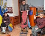 1 30 5 24911 1 2. обмеженими фізичними можливостями, інвалідністю