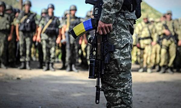 1 16 6 1444123769-7662-armiya-soldati-vsu-zbroyni 3
