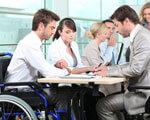 Щодо права на отримання допомоги по тимчасовій непрацездатності працюючими інвалідами