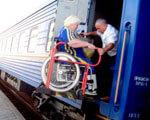 У 2015 році спеціалізованими вагонами Південної залізниці для перевезення інвалідів-візочників скористалися майже 200 пасажирів ПЕРЕВЕЗЕННЯ