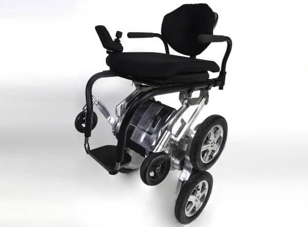 1 25 6 toyota-deka-ibot-wheelchair 1