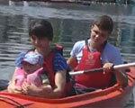 Запорожские активисты учили плавать на каяках ребят с особыми потребностями (ВИДЕО)