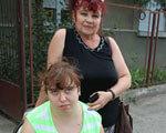Ужгородський таксист втік, побачивши дівчину з ходунками