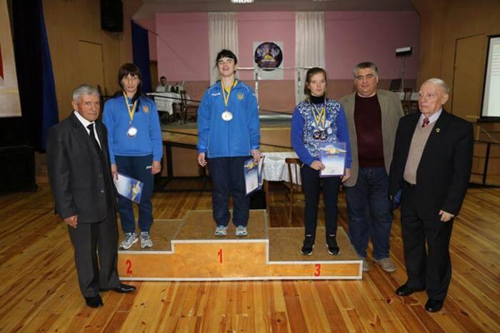 «Інваспорт»: рівненські спортсмени завоювали Кубок України з пауерліфтингу (ФОТО)