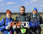 Стрибок з парашутом – заради захисту своїх прав. Як незрячі учасники акції FightForRight підкорили небо. fightforright, незрячі, інвалідністю