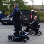 Світлина. В Ізраїлі створили інвалідний візок, який дозволяє людині вставати. Технології, переміщуватися
