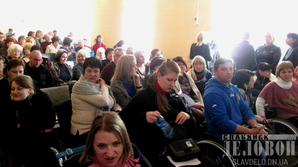 У Слов'янську відбулось перше засідання Консультативної ради Донецької ОДА з питань людей з інвалідністю (ФОТО, ВІДЕО)