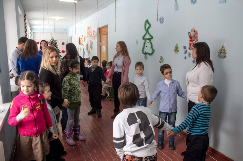 Діти з аутизмом навчаються під час гри - соціальний педагог (ФОТО, ВІДЕО)