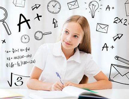 На Волині створять умови для проходження ЗНО випускникам із особливими потребами. волинь, зно, випускники, особливими освітніми потребами, інвалідність, handwriting, person, whiteboard. A woman sitting on a table