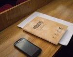 Санаторії та госпіталі ветеранів війни приєднаються до створення сучасної системи надання реабілітаційної допомоги. госпіталь, нарада, реабілітація, санаторій, інвалідність, indoor, office supplies, paper, pen, book, box. A wooden table