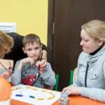 Світлина. Міська влада планує проводити тренінги для батьків і фахівців на базі Центру соціальної реабілітації дітей з інвалідністю. Реабілітація, інвалідність, інвалід, Київ, реабілітація, тренінгові центри