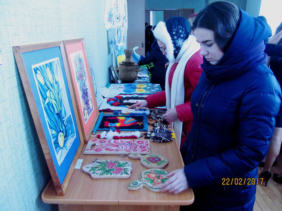 Люди з інвалідністю прийняли участь у фестивалі присвяченому Масляній (ФОТО)