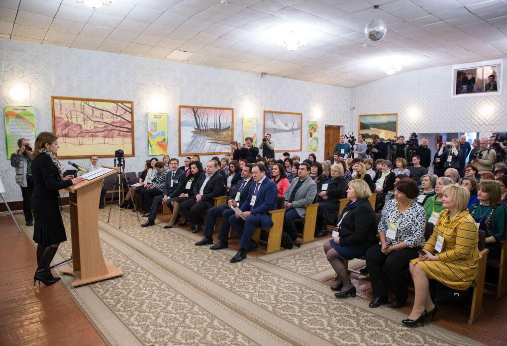 У Запоріжжі відбувся тренінг для працівників психо-медико-педагогічних консультацій у рамках соціальної програми Марини Порошенко