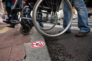 У Кропивницькому моніторять порушення прав людей з інвалідністю. кропивницький, дискримінація, опитування, порушення прав, інвалідність
