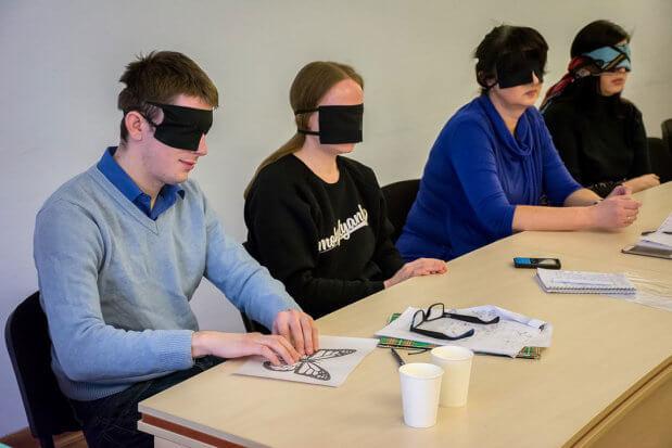 У Києво-Печерському заповіднику пройшов навчально-методичний семінар «Аудіодискрипція візуальних об'єктів». києво-печерський заповідник, аудіодискрипція, порушення зору, семінар, інвалід