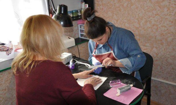 При поддержке USAID 150 переселенцев с инвалидностью нашли новую работу в Донецкой области. usaid, донецкая область, инвалидность, переселенец, трудоустройство