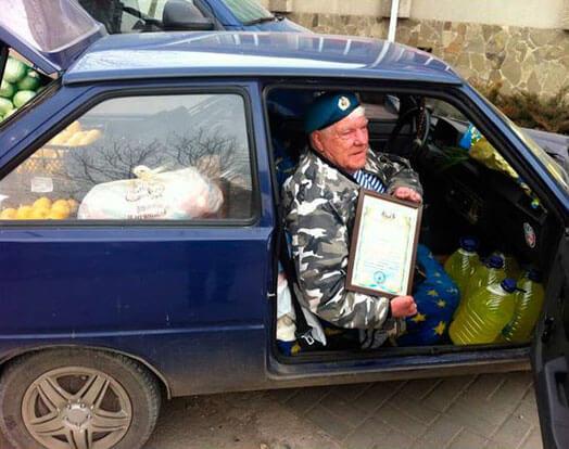 Херсонський волонтер Григорій Янченко на потреби АТО зібрав понад 1,3 мільйона гривень