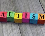 Анонс всех мероприятий на тему аутизма ко Дню распространения информации об аутизме. киев, адаптивный киносеанс, аутизм, тренировка, фотовыставка, floor, toy, box. A close up of a device