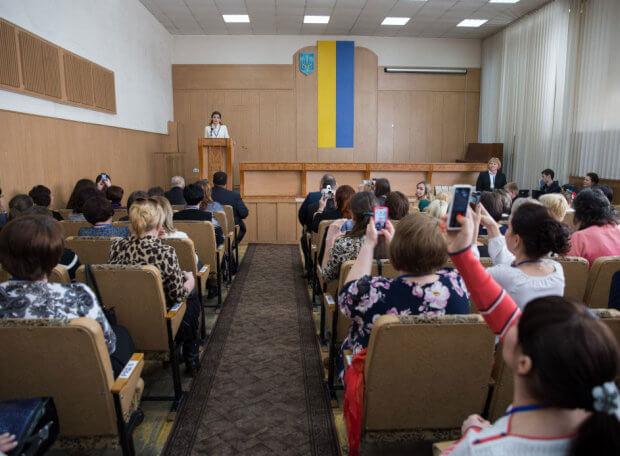 Марина Порошенко: Дніпропетровська область долучилася до експерименту по розвитку інклюзивної освіти. дніпро, марина порошенко, особливими освітніми потребами, тренинг, інклюзивна освіта