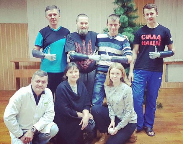 Про іноваційні протези для українських бійців (ВІДЕО) КАТЕРИНА ДОРОХІНА АМПУТАЦИЯ БІОНІЧНИЙ ПРОТЕЗ ЕРГОТЕРАПЕВТ ПРОТЕЗУВАННЯ