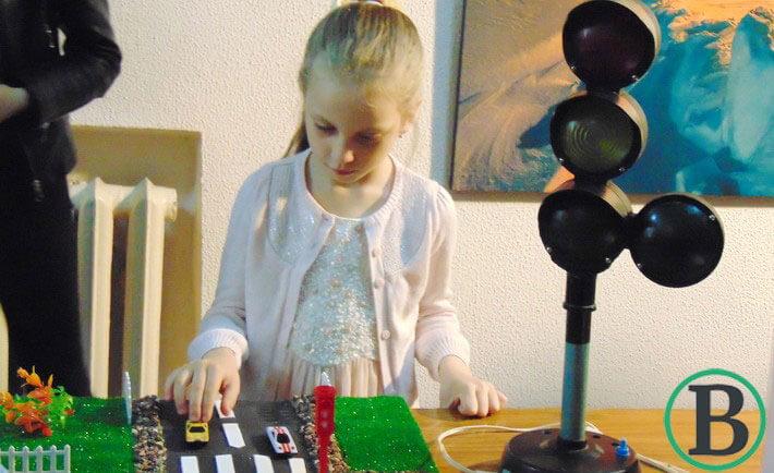 У Черкасах презентували першу в Україні бібліотеку тактильних книжок для слабозорих та незрячих дітей (ФОТО)