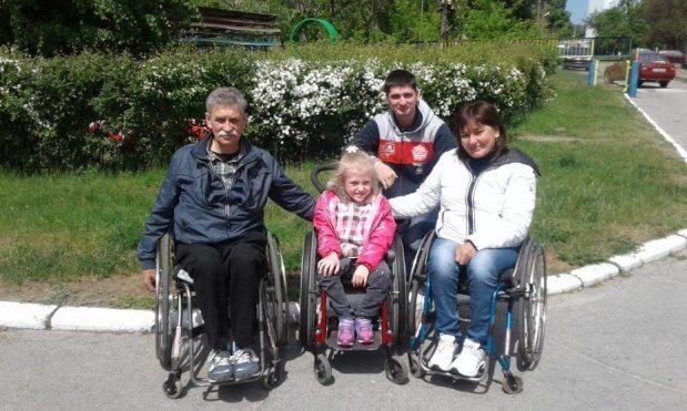 Фестиваль, організований канівчанкою, подарував інвалідам віру у свої можливості. канів, обмеженими можливостями, фестиваль, інвалід, інвалідність