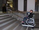 Подземные переходы в Одессе хотят оборудовать «лифтами» для инвалидов. одесса, инвалид, инвалидность, подземный переход, специальная платформа, floor, wheel, tire, land vehicle, wheelchair, bicycle, bicycle wheel, person, vehicle