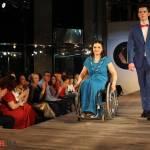 Світлина. В Харькове прошел показ мод: Модные вещи на себя примерили женщины на инвалидных колясках. Новини, инвалидность, ограниченными возможностями, показ мод, KharkivFashion, Life is life