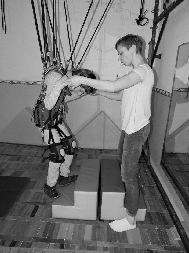 Неходячі діти роблять перші кроки!. дцп, луцьк, реабілітаційний центр, ярослав омельчук, дитина-інвалід