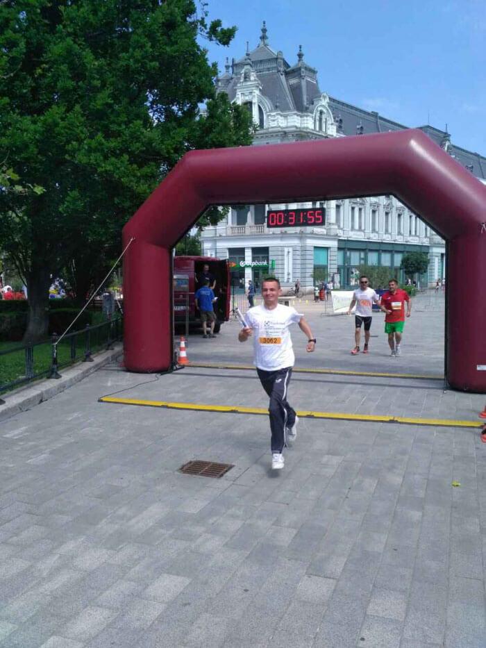 Ужгородець з ураженням опорно-рухового апарату став призером міжнародного турніру з бігу на 5 кілометрів
