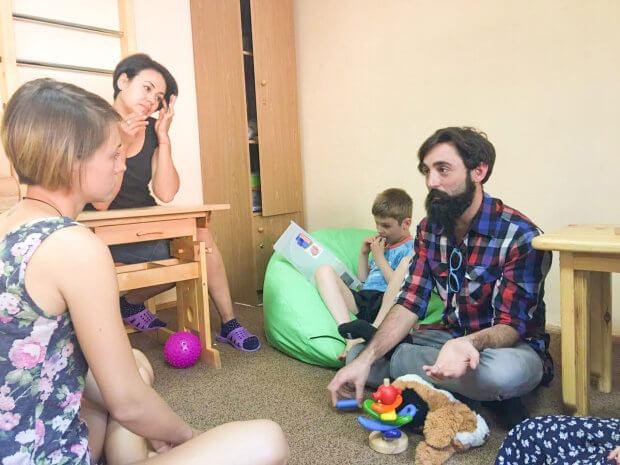 Почему детей с инвалидностью нельзя жалеть и как интернаты калечат жизнь ребенка: интервью с Уэсом Грейнджером. уэс грейнджер, инвалидность, интернат, ограниченными возможностями, раннее вмешательство