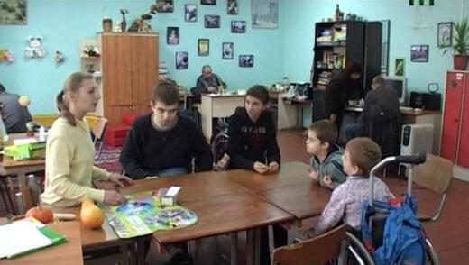 Як навчаються діти в інклюзивних класах (ВІДЕО)