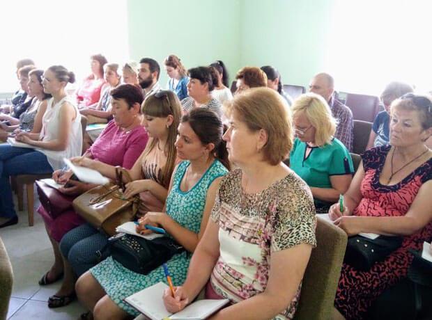 На Полтавщині для людей з інвалідністю планують створювати нові денні відділення перебування. полтавщина, денне відділення перебування, обмеженими можливостями, семінар-нарада, інвалідність