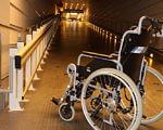 Аэропорт «Рига» номинирован на получение награды «Доступность среды аэропортов». аэропорт рига, доступность, инвалидность, награда, пассажир, floor, wheel, indoor, land vehicle, bicycle, tire, vehicle, bike, auto part, motorcycle. A bicycle parked on the side of the room