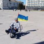 Спортсмен-колясочник из Сумщины намерен проехать от Шостки до Литвы