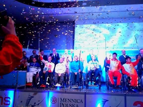 В Україну повернулись фехтувальники-паралімпійці з 6 високими нагородами етапу кубку світу. кубок світу, польща, змагання, нагорода, фехтування на візках