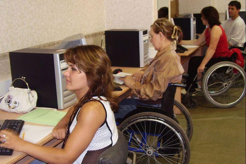 Люди з інвалідністю мають можливість безкоштовно пройти професійну реабілітацію у Вінницькому міжрегіональному центрі професійної реабілітації
