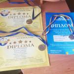 Світлина. 11-річний полтавець з вадами зору, якого виховує бабуся, переміг на міжнародних музичних фестивалях в Болгарії. Конкурси, інвалідність, обмеженими можливостями, вади зору, баян, Тимофій Єлісєєв
