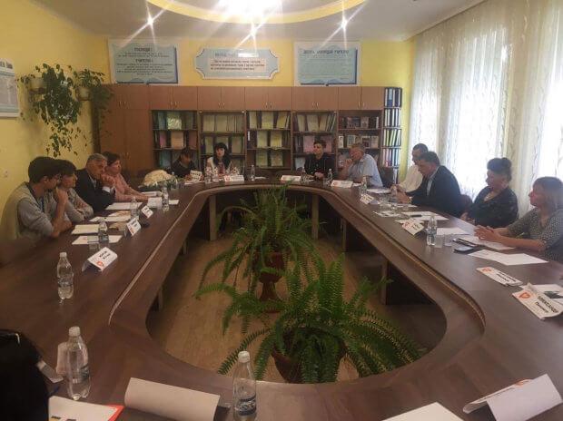 Італійські волонтери нададуть обладнання для створення реабілітаційного центру у Заставні ЗАСТАВНА РЕАБІЛІТАЦІЙНИЙ ЦЕНТР ВОЛОНТЕР ОБМЕЖЕНИМИ ФІЗИЧНИМИ МОЖЛИВОСТЯМИ ІНВАЛІДНІСТЬ