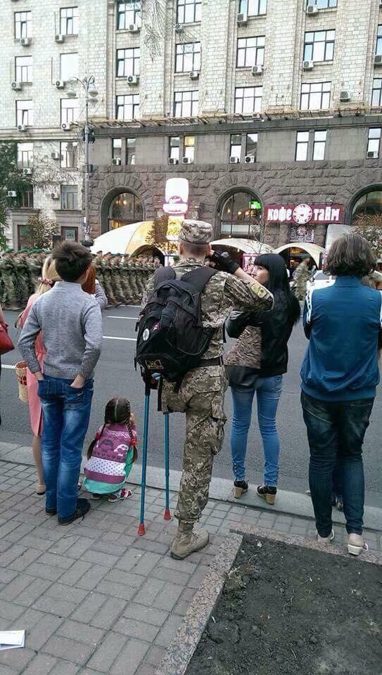У Полторака шукають мужнього інваліда АТО - учасника параду