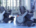 Cамоуправляемые инвалидные коляски в японском аэропорту (ВИДЕО). panasonic, токио, аэропорт, инвалидная коляска, ограниченными возможностями, indoor, auto part, wheel