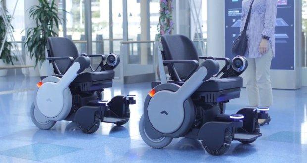Cамоуправляемые инвалидные коляски в японском аэропорту. panasonic, токио, аэропорт, инвалидная коляска, ограниченными возможностями
