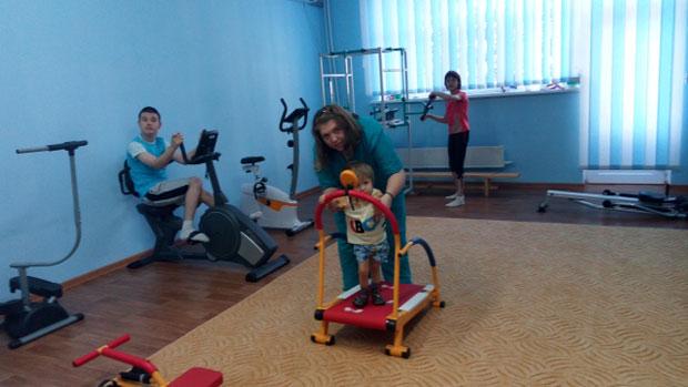Южноукраинский центр реабилитации приглашает детей-инвалидов и группу риска для оздоровления