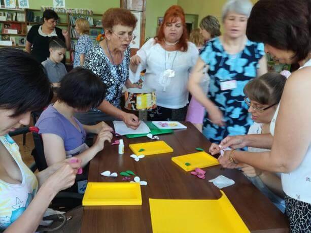 У Червонограді провели майстер-класи для молоді з особливими потребами ЧЕРВОНОГРАД ЕКСКУРСІЯ МАЙСТЕР-КЛАС ОСОБЛИВИМИ ПОТРЕБАМИ ТВОРЧИЙ ЗАХІД